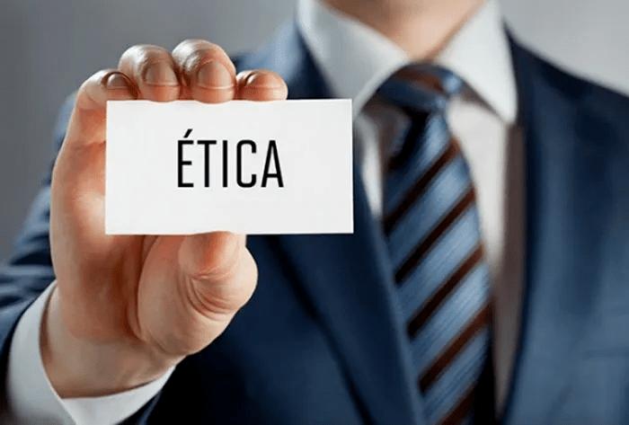 etica-700x473